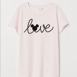 NWOT Pink Disney Mickey Mouse LOVE T-Shirt